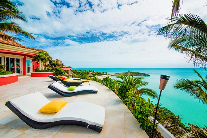 turks-and-caicos-villa-mani-patio